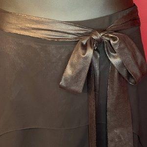 DOUBLE ZERO Skirts - NWOT DOUBLE ZERO SKIRT SIZE M